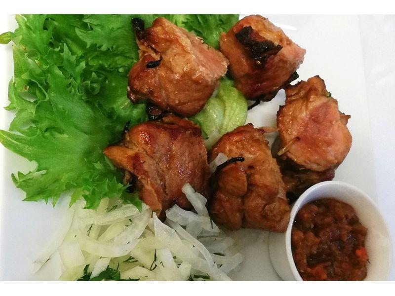 Шашлык из свинины 200/50 гр