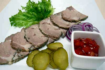 Буженина из свинины с соусом «Сальса»